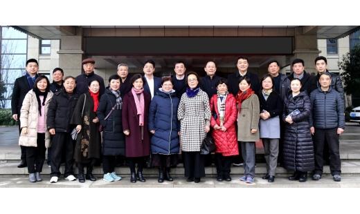 集团党委开展退休老同志慰问联谊活动