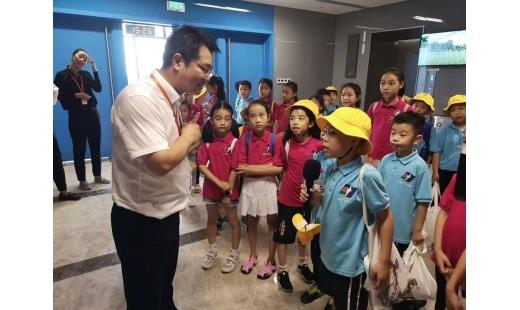 宁波电视台小记者走进奥体中心